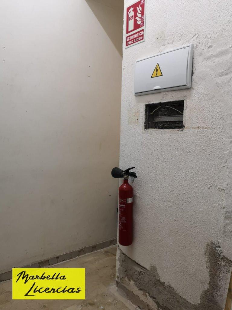 Licencia Apertura Peluqueria Marbella 008