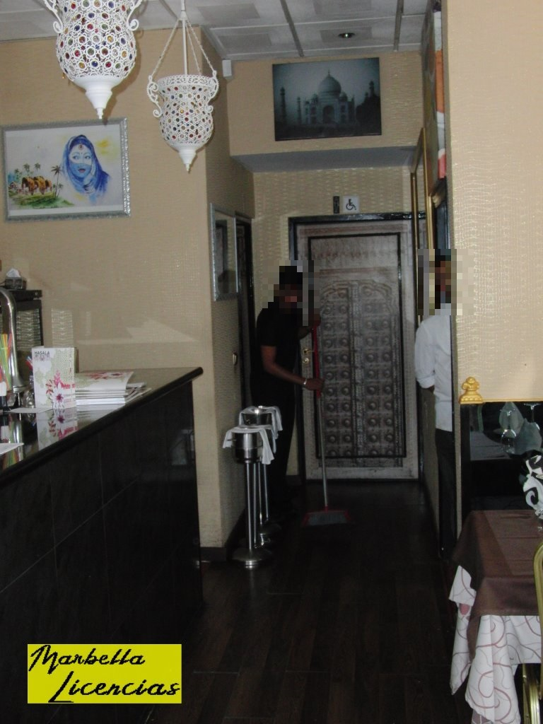 Licencia Apertura Restaurante Centro Comercial Pino Golf Marbella_003